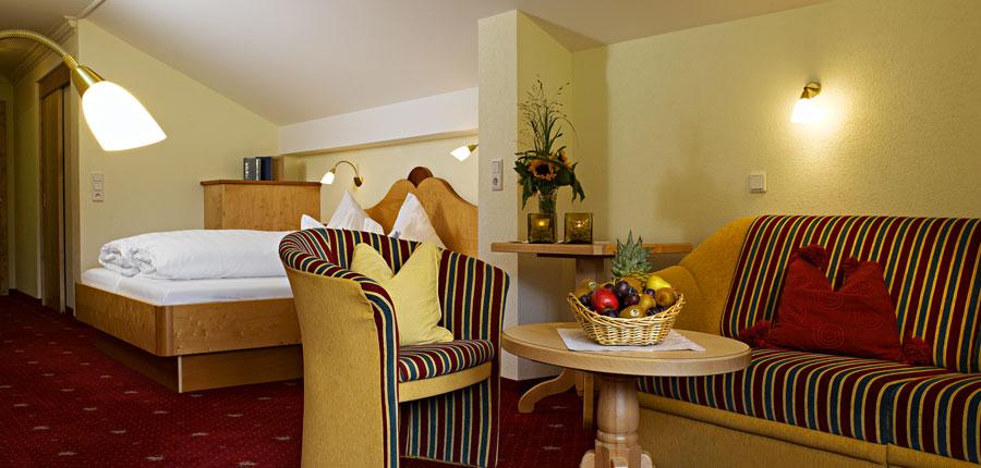 Hotel Jägerhof, Ischgl, Austria - bedroom.jpg